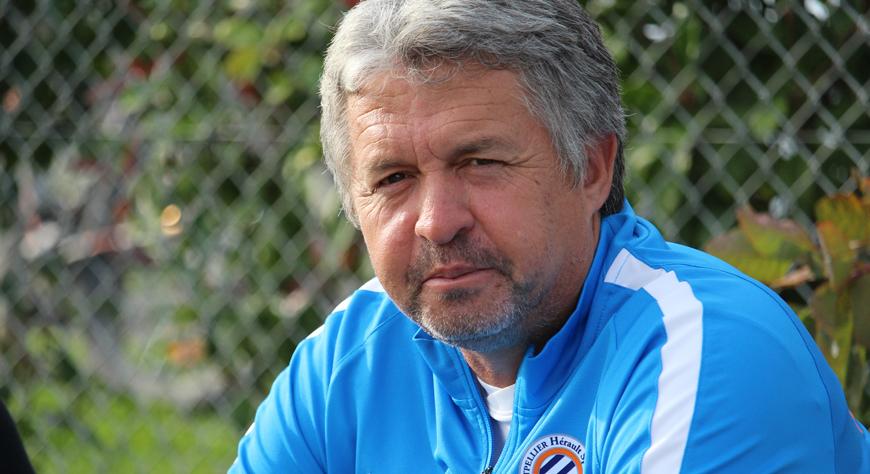 Claude Barrabé : « Tant qu'on parle football, j'ai le sourire ...