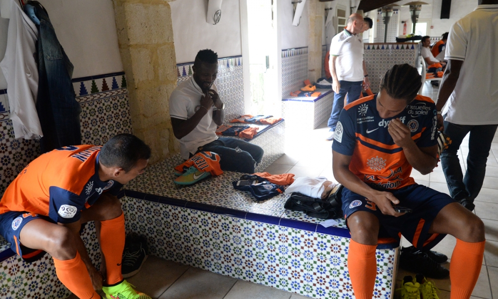 retour sur la photo officielle 2014 2015 du mhsc mhsc foot billetterie montpellier h rault. Black Bedroom Furniture Sets. Home Design Ideas